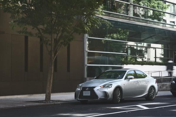 Lexus IS Markazia Jordan